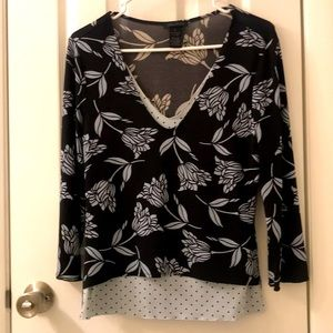 5/$25 The Limited stretch top black/light blue, S